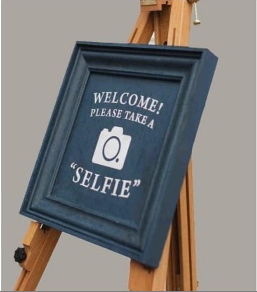 #selfie station trends